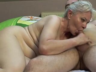 Bedroom sex by older breast !!