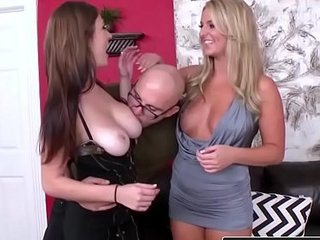 (Dillion Carter, Payton Simmons, Jmac) - Bouncing Jugs - Reality Kings