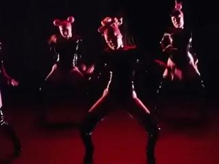 Nicki Minaj - Chun-Li (YMCMB Jerk off song) Youthful Money Fap music
