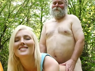 Old Goes Young - Beautiful morning starts with beautiful orgasms