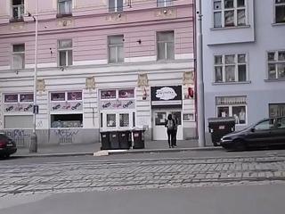HUNT4K. &iexcl_Praga es la capital del turismo sexual!