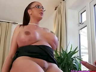 Alluring Mummy Emma In the final Gets Her Pussy Plowed